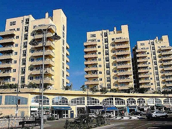 Commercial property for sale in Watergardens Image 1